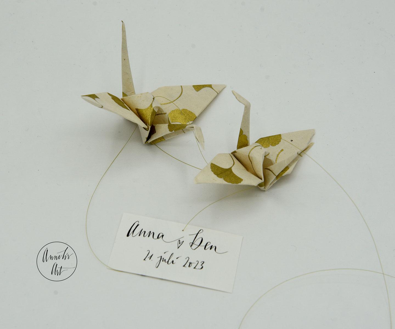 Geschenk zur Hochzeit | Mobilé | Windspiel | Kraniche mit goldfarbenen Ginkgoblätter