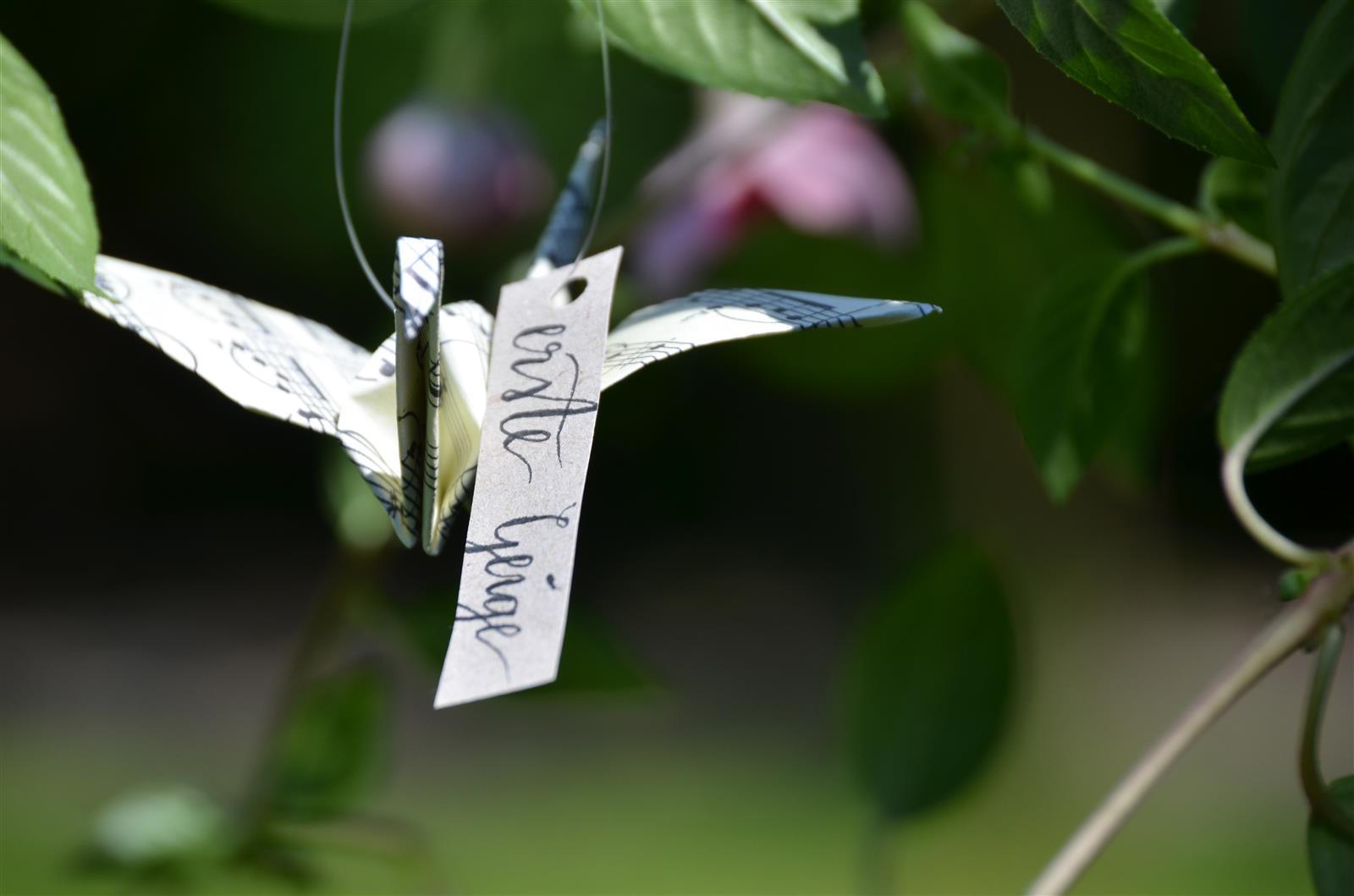 Origami-Kranich: Musiknoten und indiv. Schriftzug
