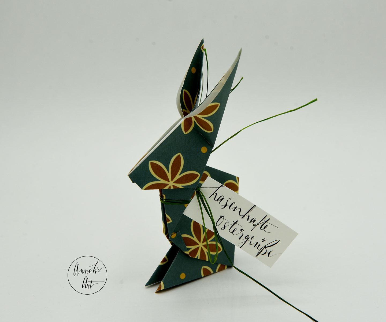 Origami-Osterhase | 15 cm | Alma braune Blumen | dein individueller Schriftzug
