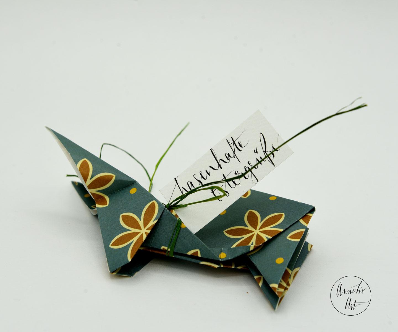 Origami-Osterhase   15 cm   Alma braune Blumen   dein individueller Schriftzug