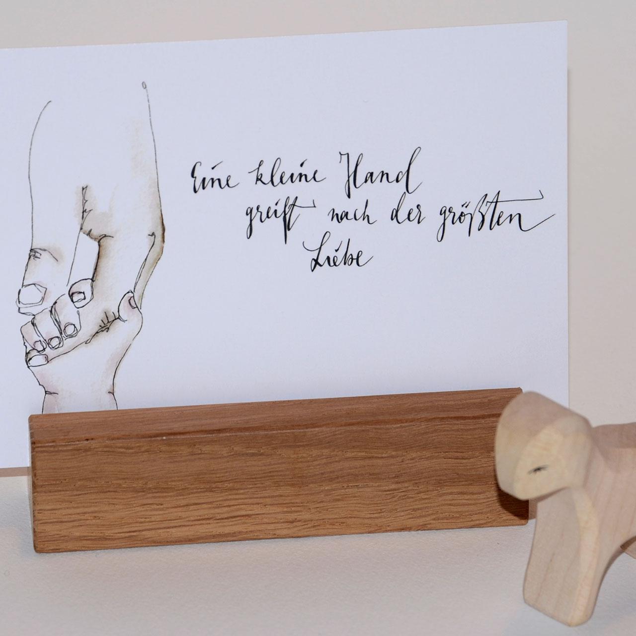 Postkarte zur Geburt - Eine kleine Hand