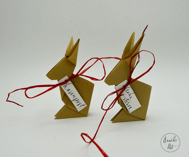 Origami-Osterhasen | 2er-Set | 15 cm | braungeripptes Kraftpapier | deine individuellen Schriftzüge