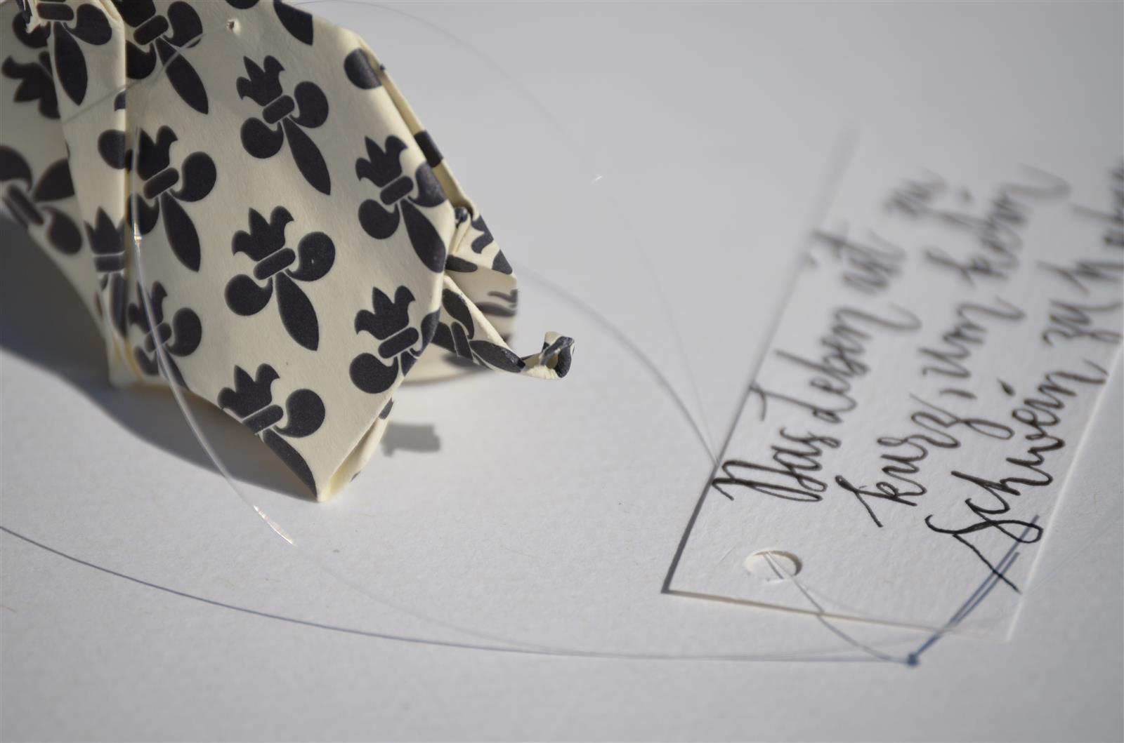 Glücksschwein + Schriftzug: Kartenspielkreuz/sw
